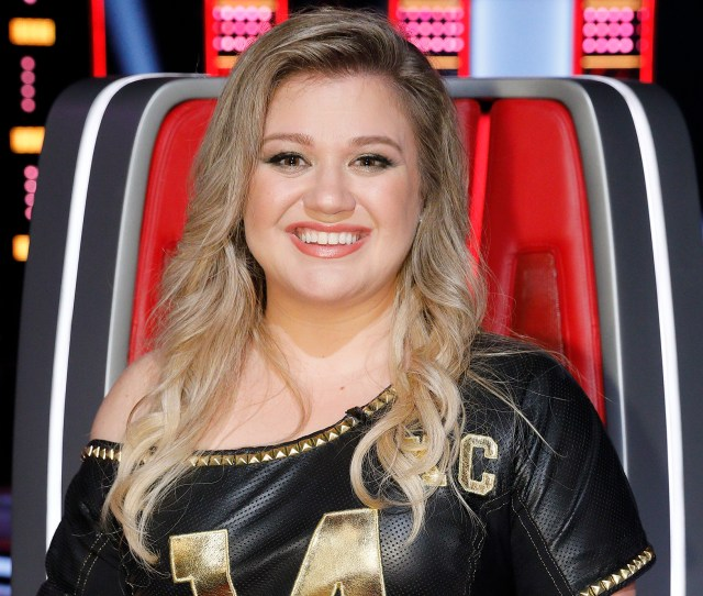 Exclusive On The Voice Kelly Clarkson Explains Why She Called
