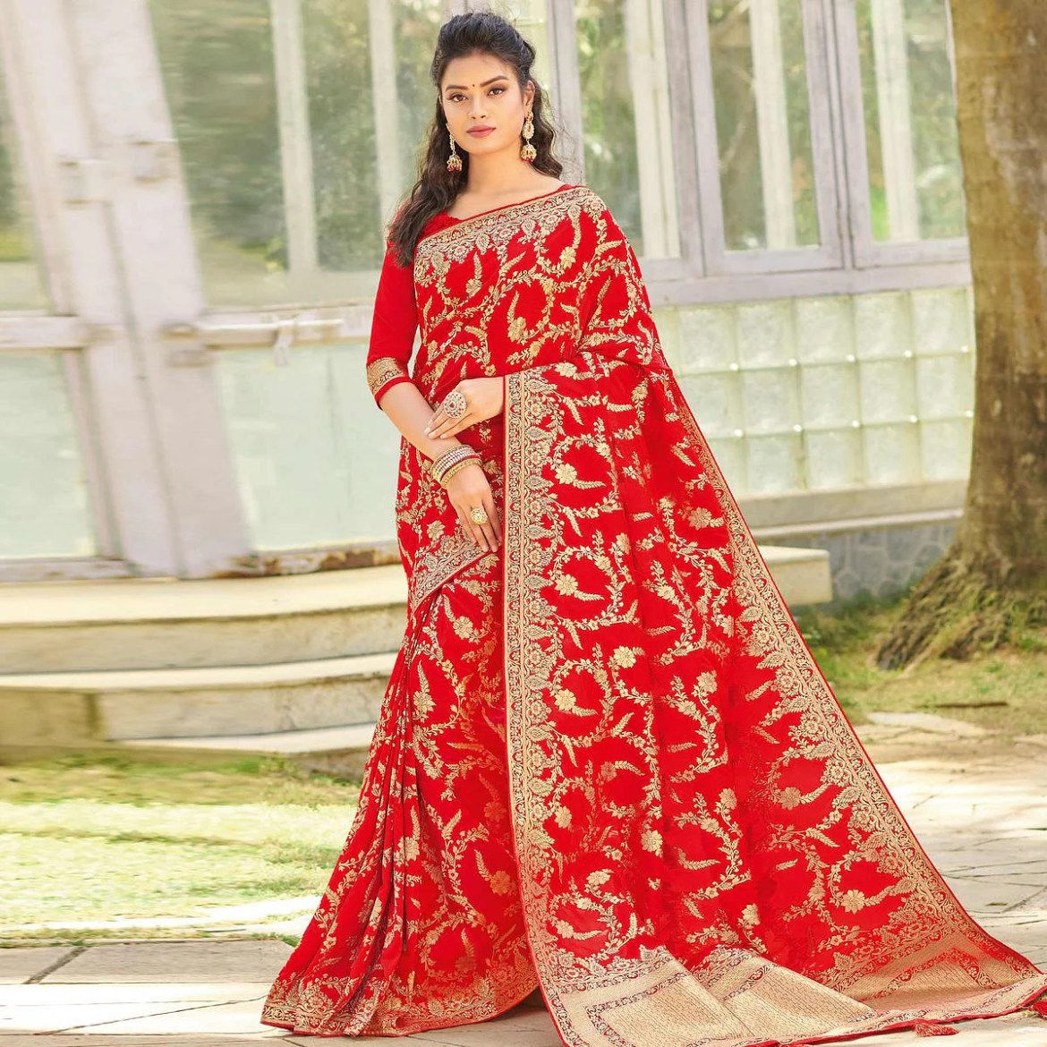 Excellent Red Colored Festive Wear Woven Silk Saree
