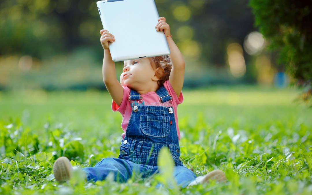 Parents Resorting To Bribery To Get Kids To Play Outdoors