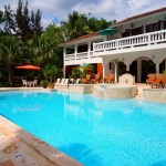 Choosing An Energy-Efficient Pool Pump For Your Home Pool