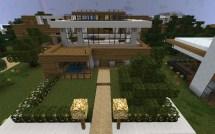 Minecraft City Hotel