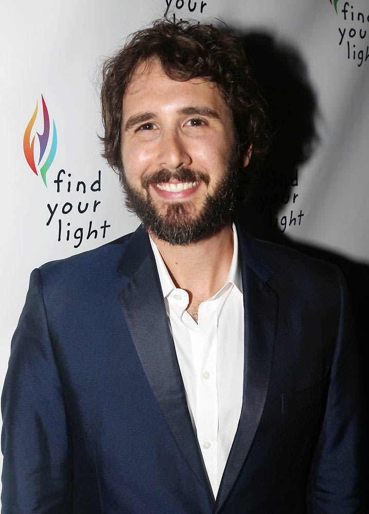 Josh Groban Releases Holiday Single Playbill