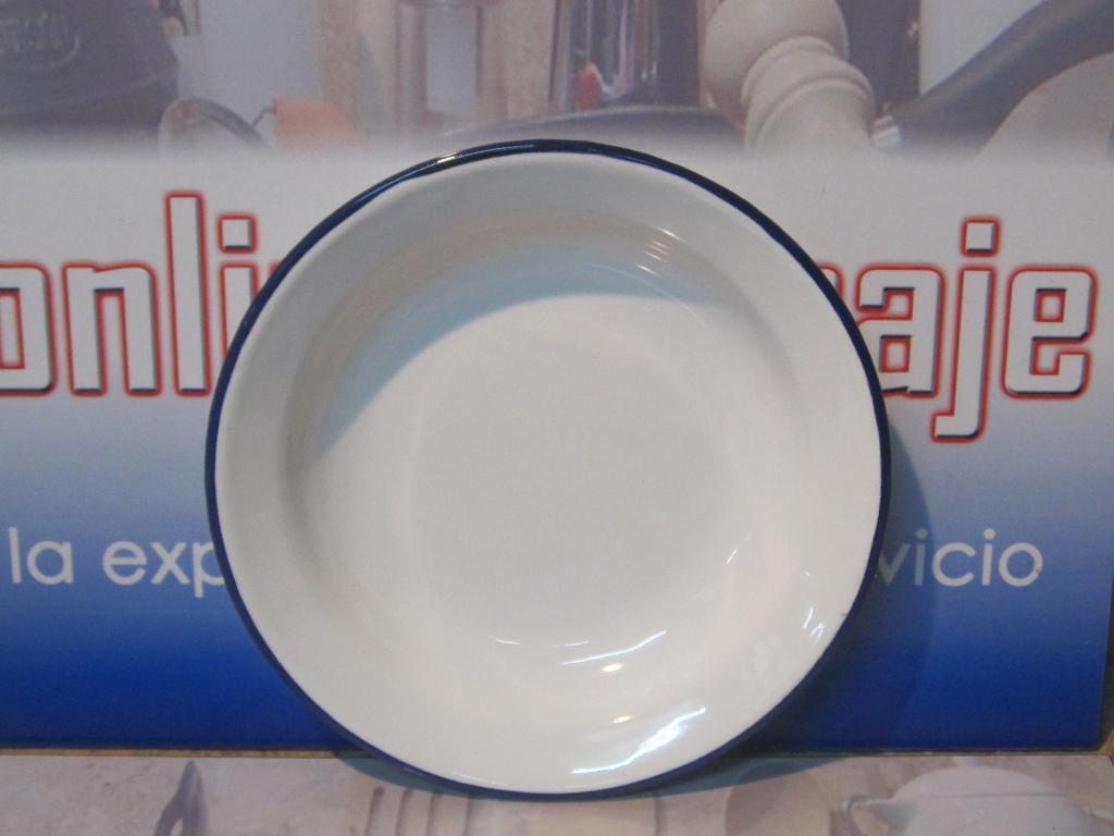 Plato redondo esmaltado porcelana Ibili 22 cms