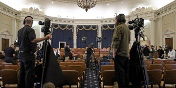 Impeachment hearings stay: Watch online streaming video of the proceedings