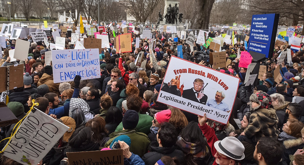 Tens of thousands protest Trumps immigration ban  POLITICO