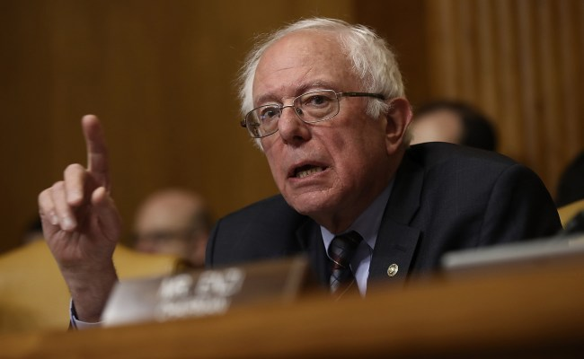 Sanders Feinstein Call For Delay In Iran Sanctions Vote