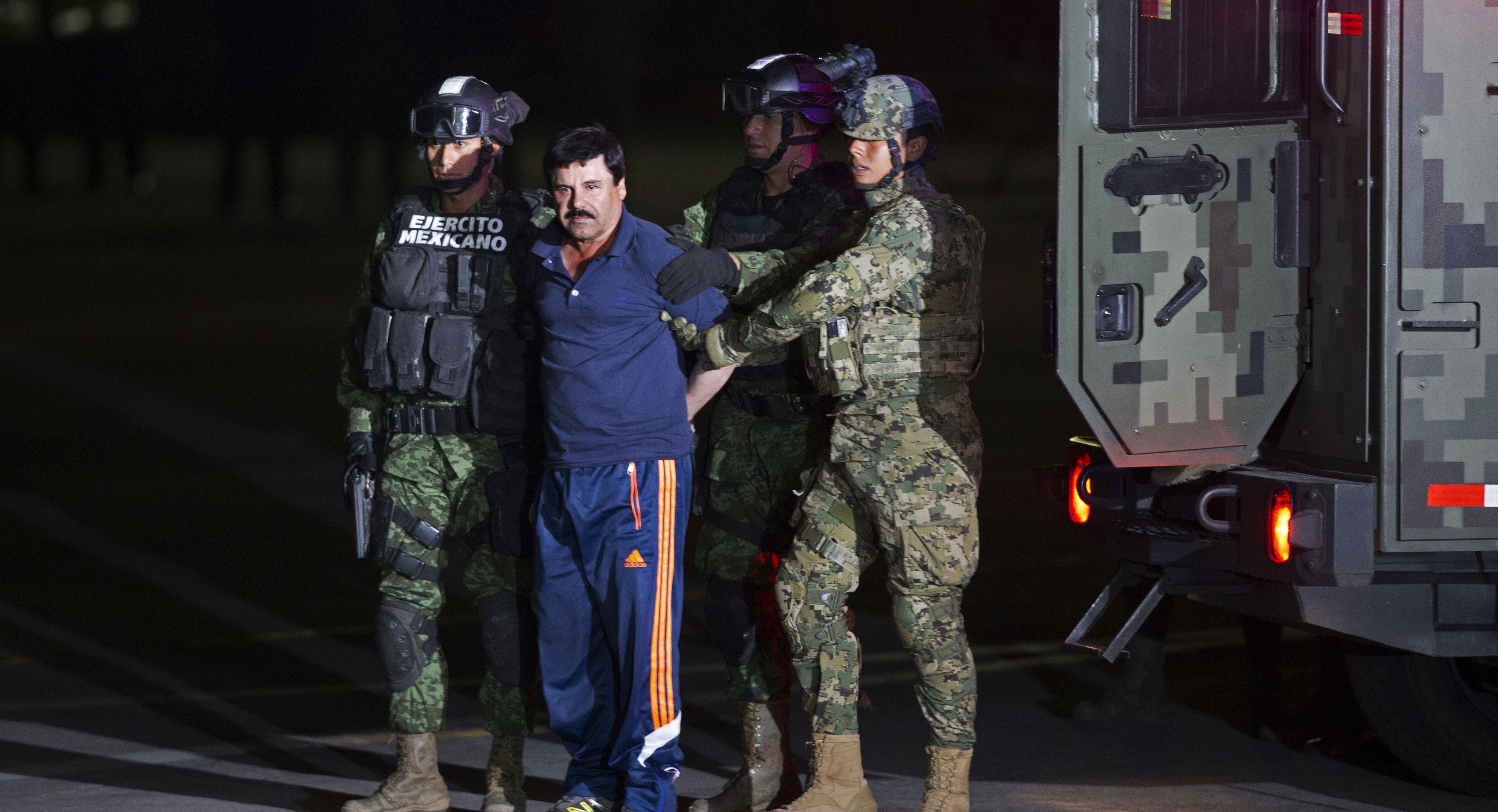 Mexican drug lord El Chapo lands in New York to face