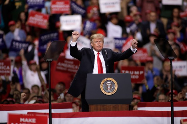 Trump hits pay dirt with claim on Wisconsin's low ...
