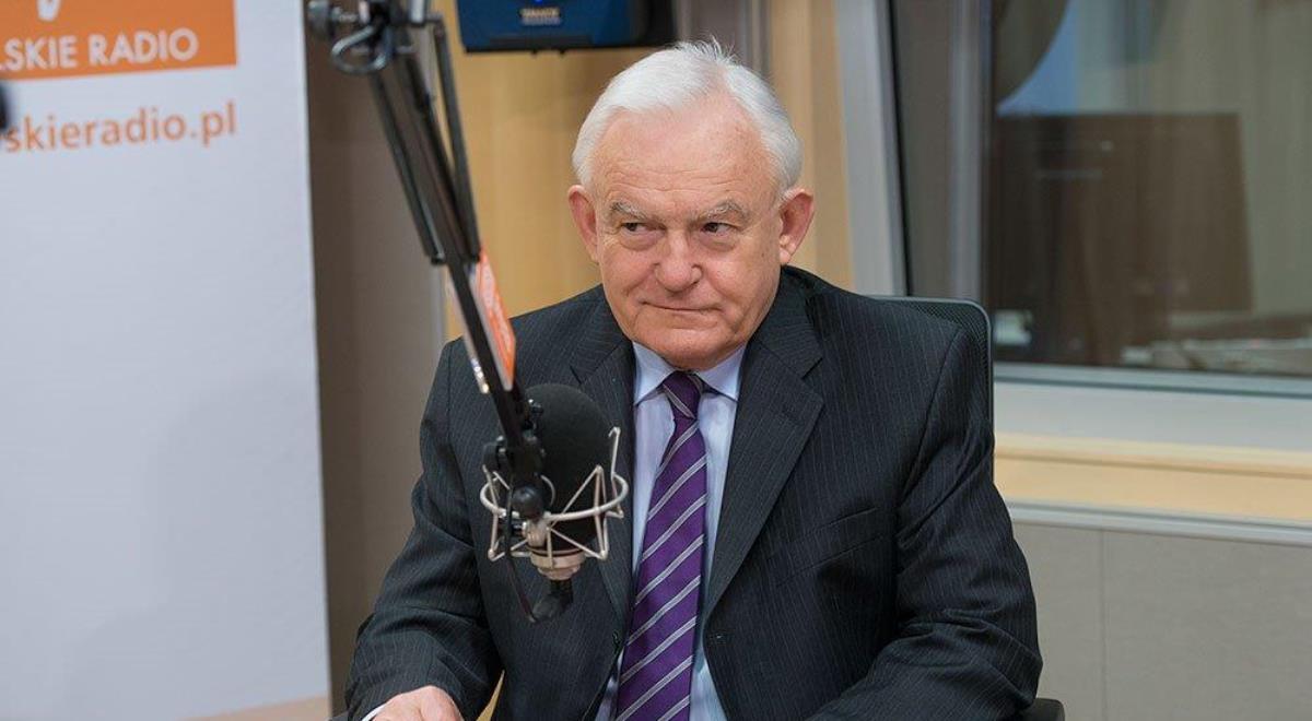 Szef SLD Leszek Miller uważa, że powinna być reakcja władz Polski na uchwałę ukraińskiego parlamentu gloryfikującą UPA