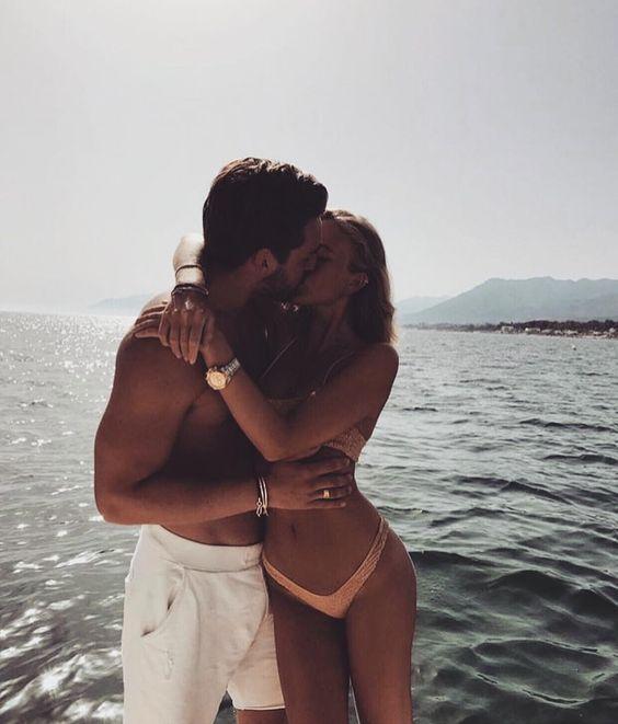 【每週心理測驗特輯】你渴望得到哪種愛情?從擁抱的方式就可以看出來!