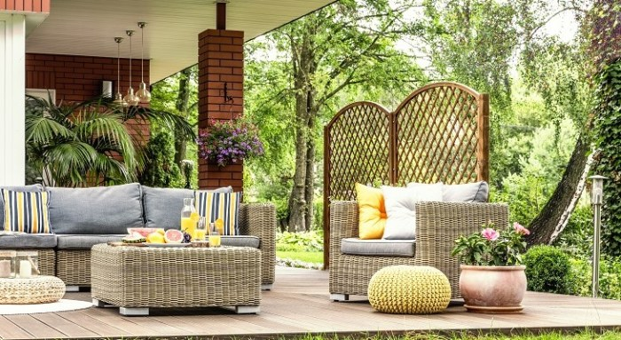 Garden Gatherings: Outdoor Styling Tips