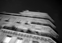 Paris seen from the taxi. Photo Olivier Zahm