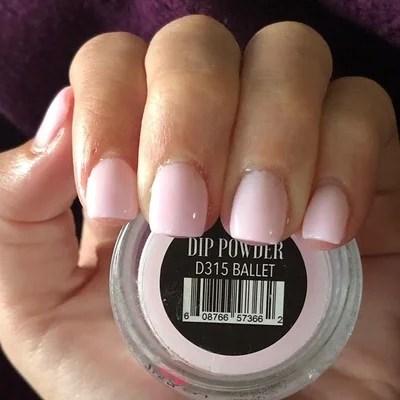 Pink Ombre Dip Powder Nails