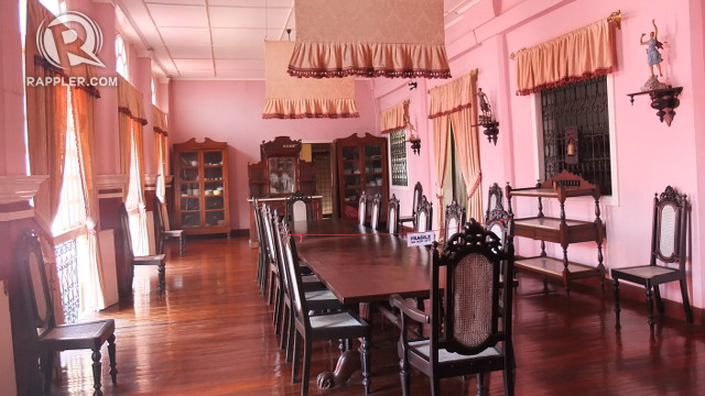 GRAND. You can imagine President Elpidio Quirino hosting celebrations with illustrious Filipinos in this grand dining area