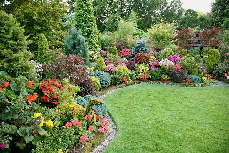 Flowerbed design inspiration