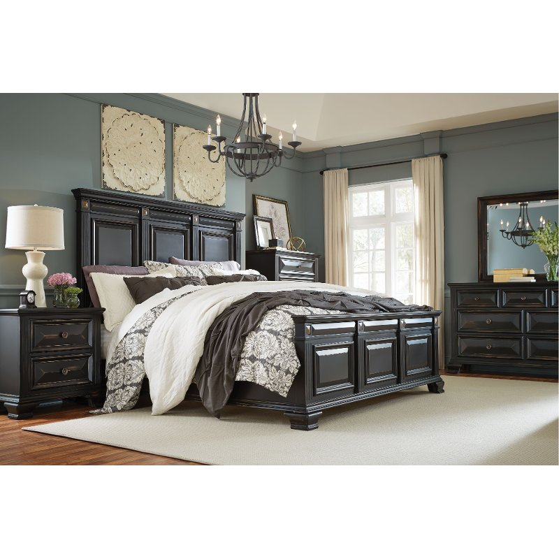 Black Traditional 6 Piece King Bedroom Set  Passages  RC