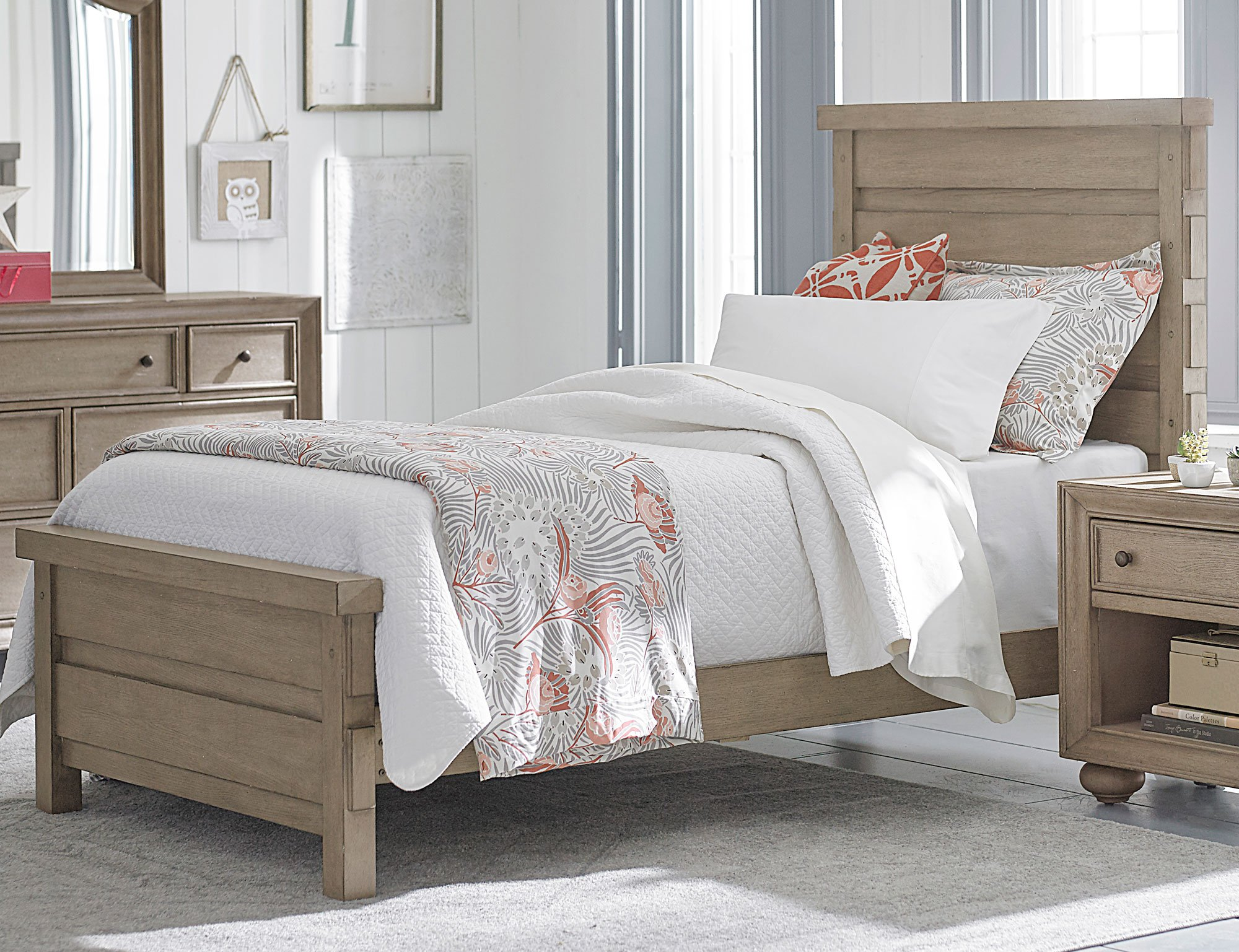 Classic Weathered Gray 6Piece Twin Bedroom Set  Heather