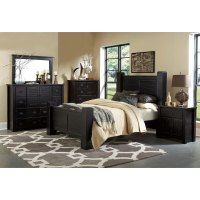 Trestlewood Black 6-Piece Cal-King Bedroom Set