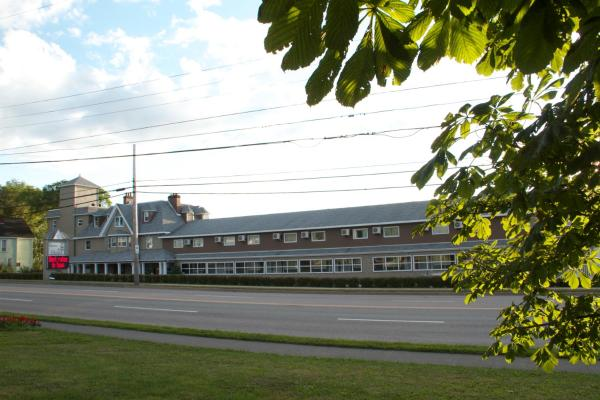 Hotels Near Sydney Nova Scotia Airport Yqy Book Hotel Now