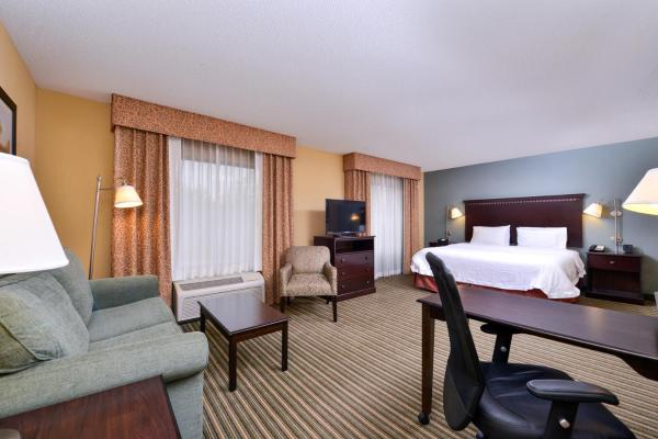 Hotels Near Davison Army Airfield Daa Book Hotel Now