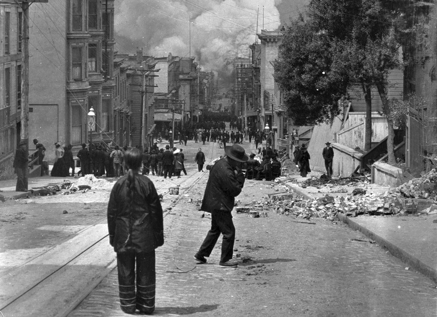 San Francisco Chinatown on fire 1906