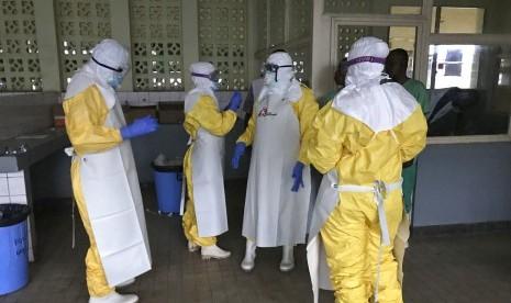 Uji Coba Obat-obatan untuk Ebola Berhasil   Republika Online