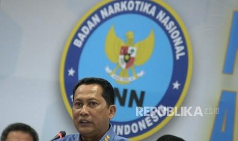 Kepala BNN Komjen Budi Waseso memberikan keterangan saat jumpa pers akhir tahun BNN 2016 di gedung BNN, Jakarta, Kamis (22/12).