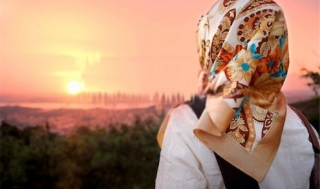 Huda Hodge (2-habis): Jilbab & Ramadhan Membuatku Bangga