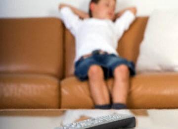 Kurang Tidur Bikin Anak 'Hobi Mabok' Saat Dewasa