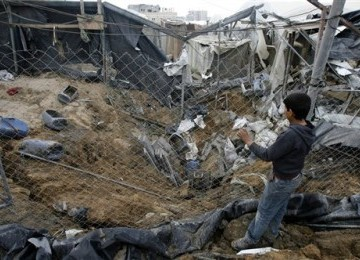 Israel Kembal Buldoser Tepi Barat