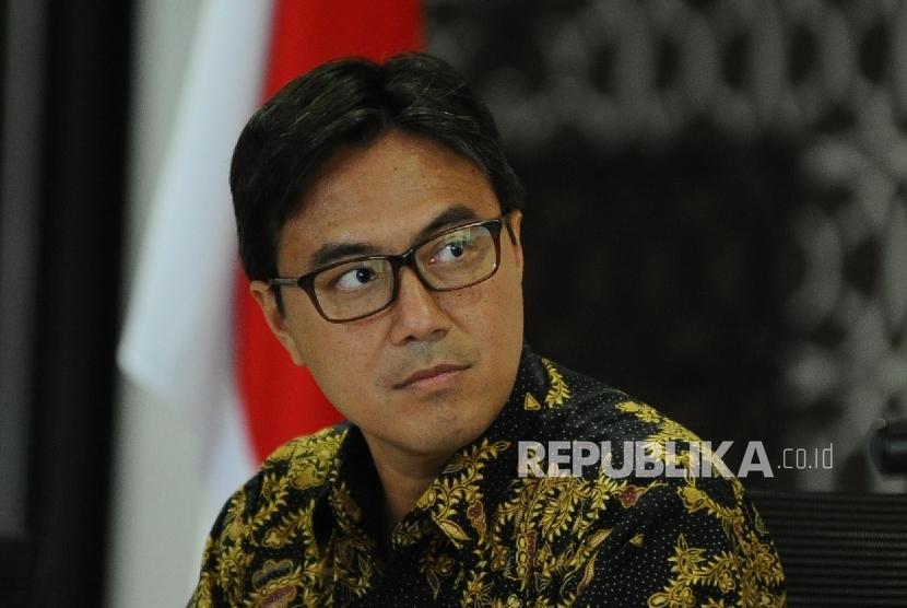 Kepala Eksekutif Lembaga Penjamin Simpanan (LPS) Fauzi Ichsan hadir saat menyampaikan review suku bunga penjaminan dan outlook perbankan 2017 kepada media di Jakarta, Kamis (12\1).