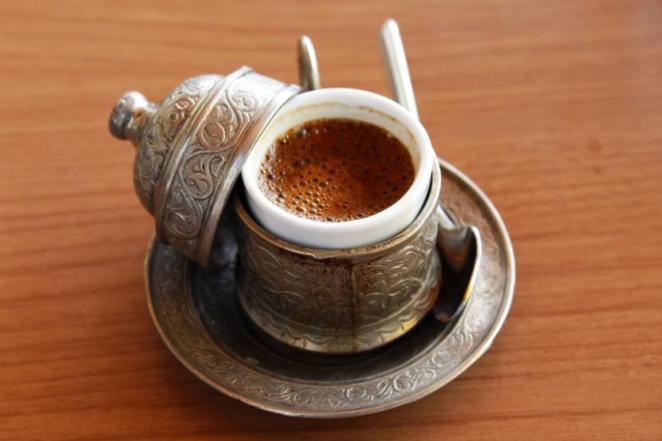 cara menyajikan teh kopi di turki