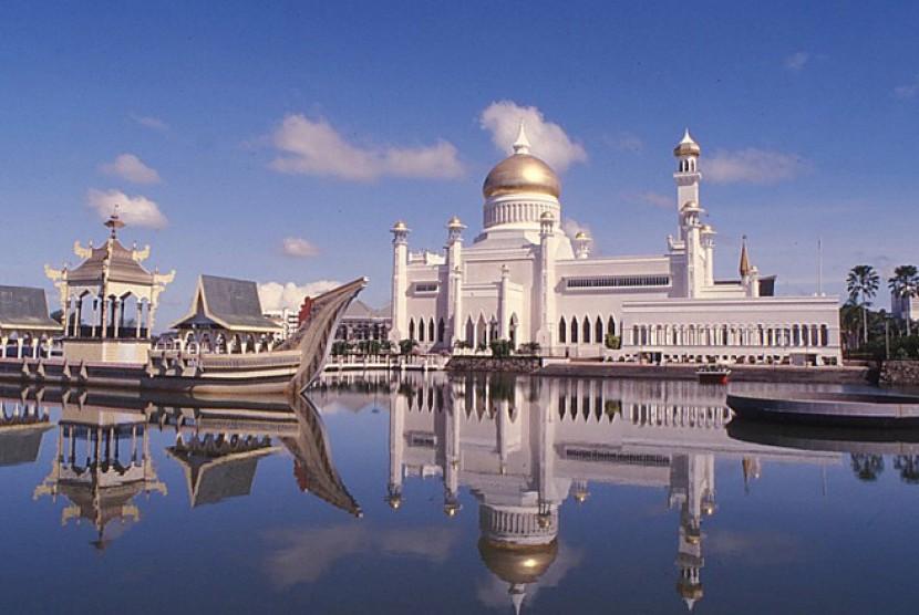 Tips wisata hemat brunei - Masjid Omar Ali Saefuddien