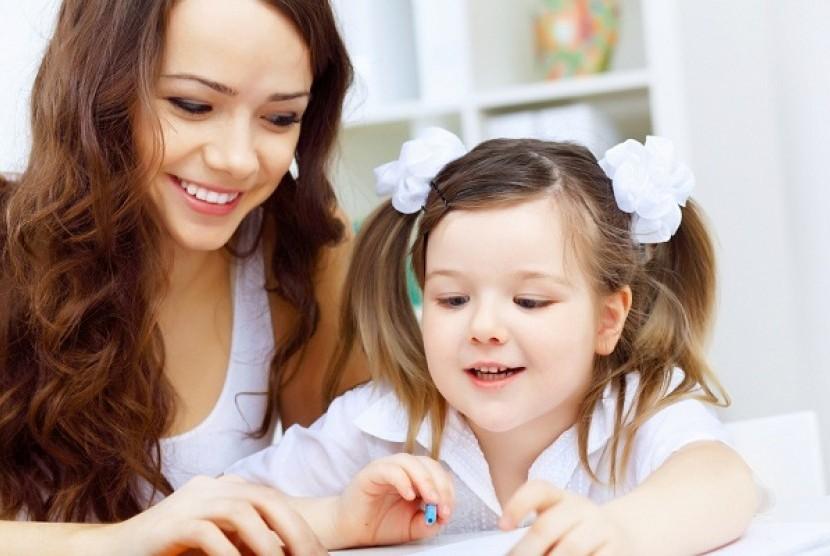 Mendidik Anak (Ilustrasi)