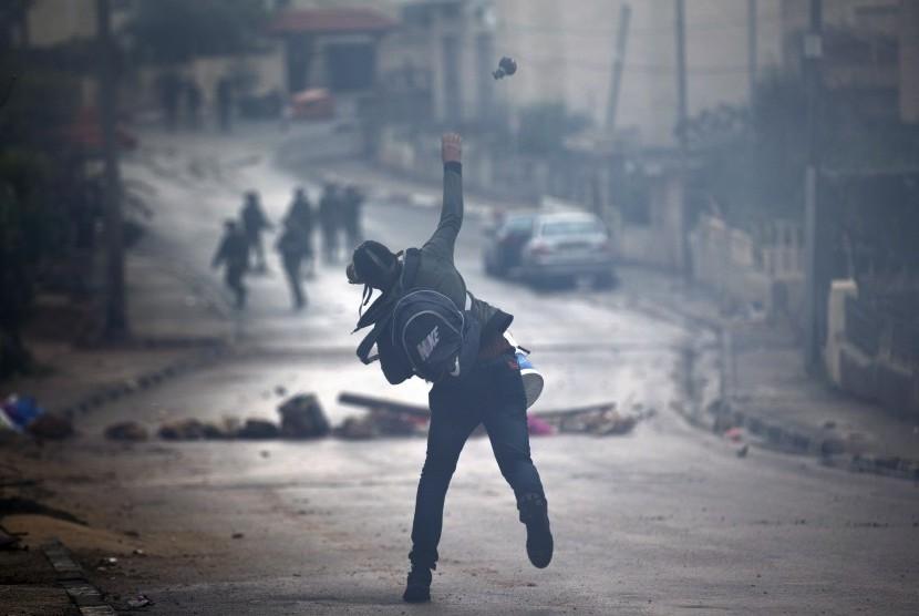 Perlawanan rakyat Palestina terhadap penjajahan Israel.