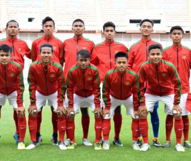 Lika Liku Sepak Bola Indonesia Di  Tahun Rezim Jokowi Jk