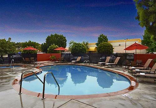 Fairfield Inn Amp Suites Anaheim Buena ParkDisney North
