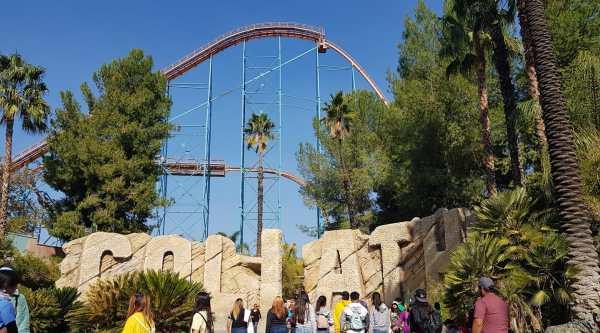 Six Flags Magic Mountain Tickets Valencia CA
