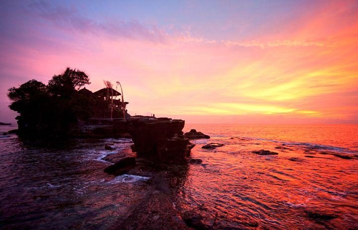 バリ屈指の絶景アイランド!ギリ島の「海上ブランコ」がフォトジェニックすぎる