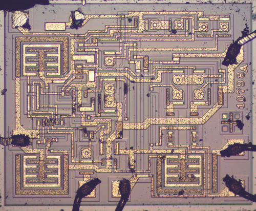 small resolution of die photo of the 555 timer