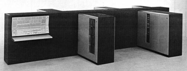 "IBM System/360 Model 75. This version has 1 megabyte of storage in four 2365 Processor Storage units, four of the ""fins"" off the central spine. From Model 75 Functional Characteristics page 4."