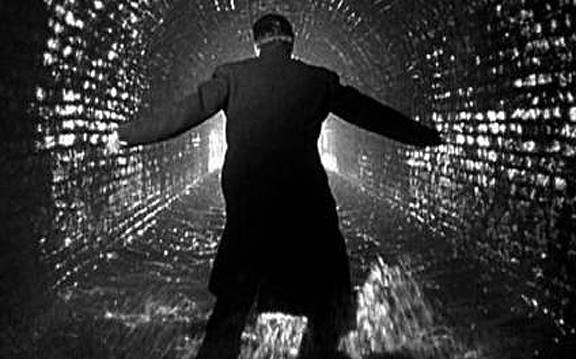 The Third Man movie review & film summary (1949) | Roger Ebert