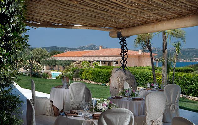 Hotel Pulicinu Baja Sardinia  Hotel con piscina sul mare Sardegna