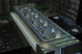 Fertigung Citroen C2 VTS Einzeldrosselklappenanlage