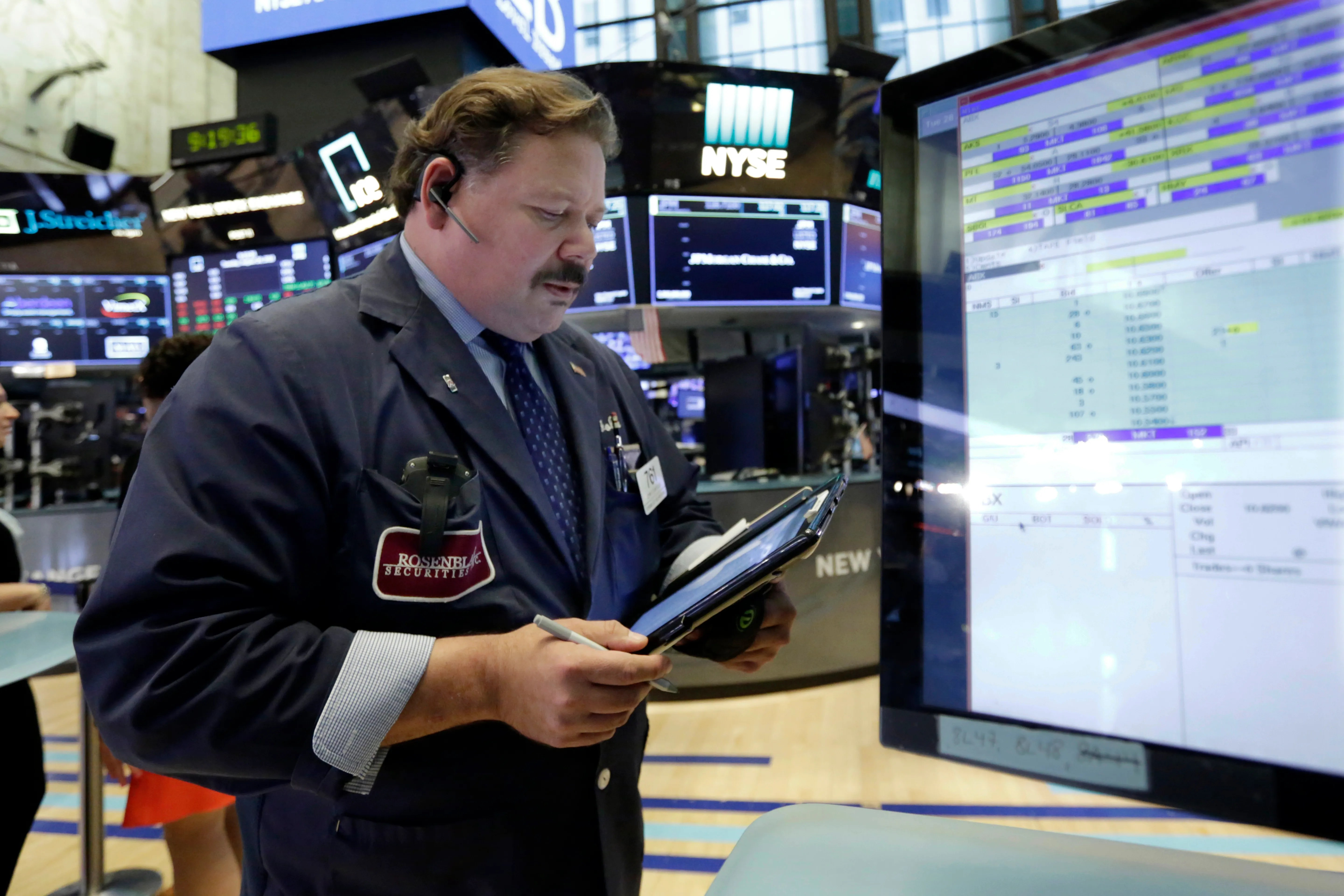 Asian stock markets mostly higher after Wall Street gain | The Seattle Times