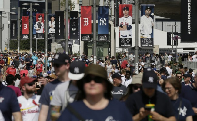 Baseball Faces Crowded Sports Market In Britain Europe