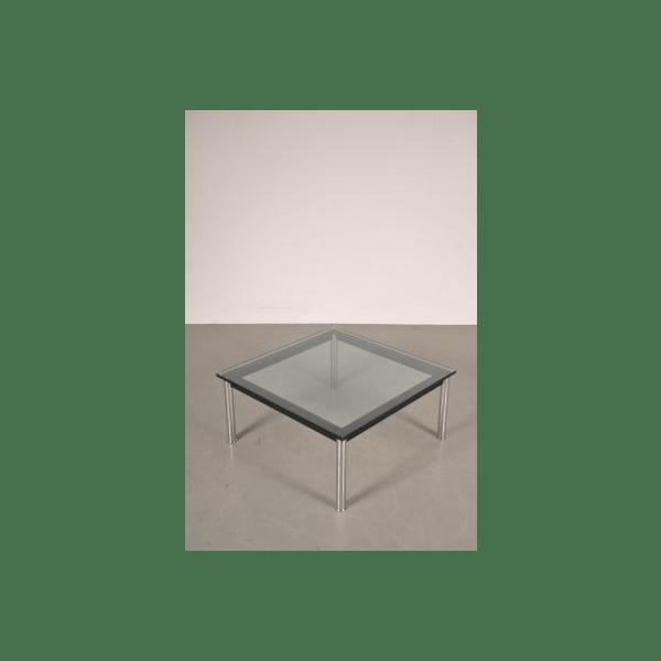 Table Basse En Mtal Et En Verre Par Le Corbusier Pour