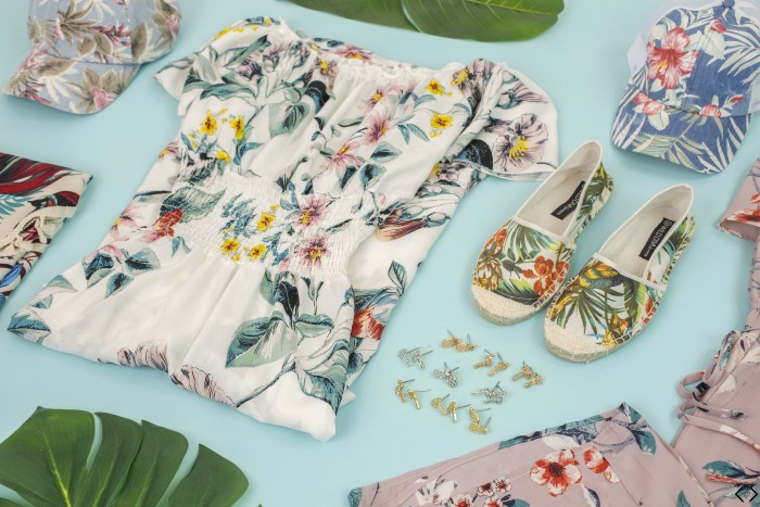 tropical summer items