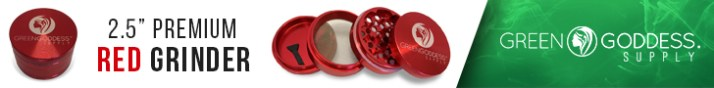 4-Piece Red Metal Grinder