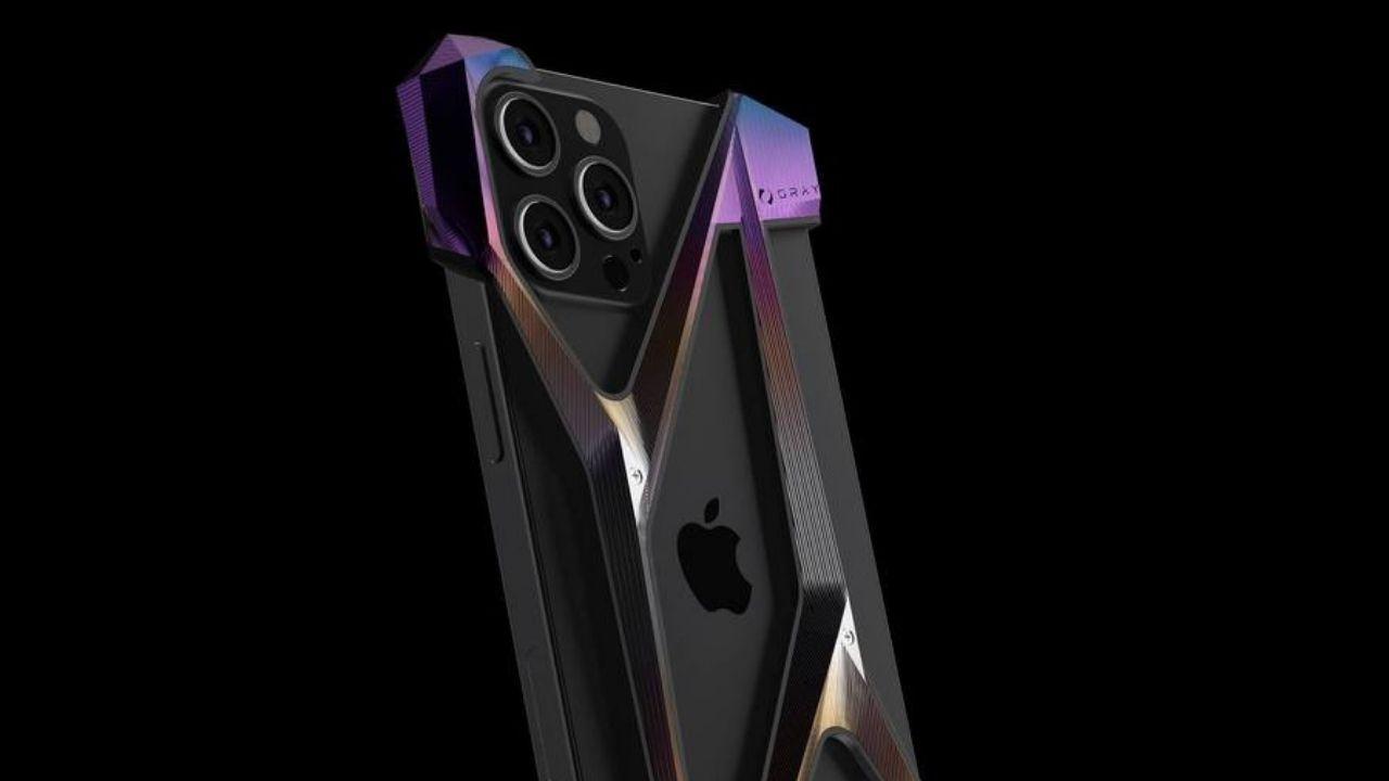 Dudak uçuklatan 3 bin dolarlık iPhone 12 kılıfı! 2